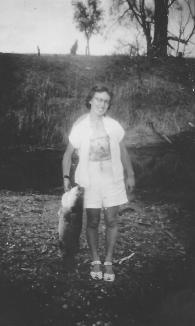 Joan Adams (Callcott) Honeymoon on Macintyre River - Goondiwindi