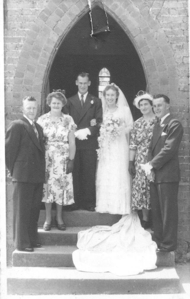 Uncle Bert & Aunt Mabel Tuckerman - Ross Adams Joan Adams nee Callcott - Mother Molly Callcott Brother Ian McKenzie Callcott